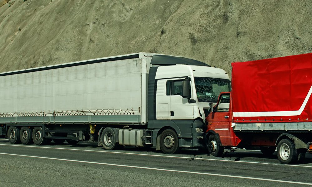 What to Do When Your Commercial Vehicle Is Hit by an Uninsured Driver